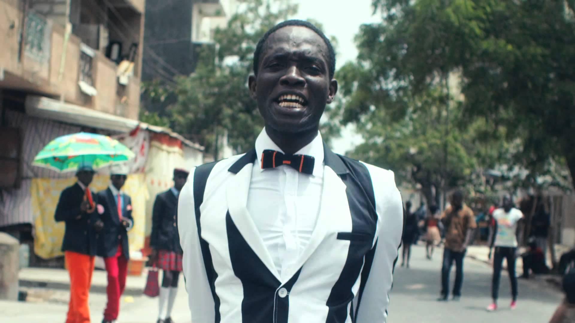 Pub: CanalSat Afrique et Orange Côte d'Ivoire surfent sur la sapologie